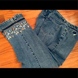Liz Claiborne Jeans - Liz Claiborne Jeans Crop Capris Embroidered Sz 14